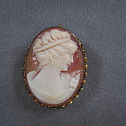 Classic Quality Vintage Handcarved Shell Cameo Pin/Pendant