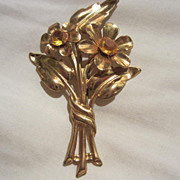 Beautiful Art Deco Flower with Citrine Rhinestones Vintage Brooch Pin