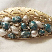 Fabulous Vintage Madmen BSK Mottled Turquoise Leaf Brooch Mid Century