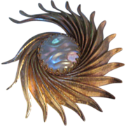 Classic Florentine Swirl Pin  with Mabe Pearl (faux)