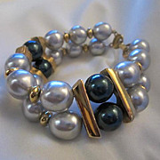 Gorgeous Napier signed Vintage Double Row Wide fx Pearl Statement Bracelet