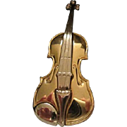 Lovely signed Violin Gold and Silver Tone Brooch/Pin