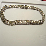 Beautiful Vintage Rhinestone fx Pearl Collar Necklace