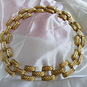 Substantial Vintage Anne Klein Classic Collar Matte Gold Plate Necklace