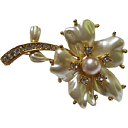 Vintage KJL Signed Kenneth J Lane Pearlized Flower Rhinestone Brooch/Pin
