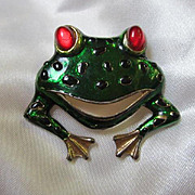 Fabulous Green Enamel Frog with Ruby Red Glass Cab Eyes Brooch Pin