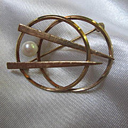 Cultured Pearl Modernist Space Age Gold Filled Brooch Pin