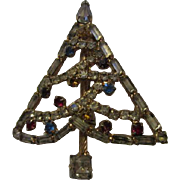 Lovely Vintage Rhinestone Christmas Tree Brooch Pin