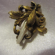 Antique Gorgeous Victorian Edwardian Mississippi Natural Pearl Petite Pin or Doll Brooch