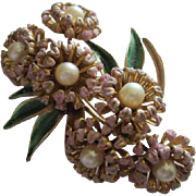 Weiss signed Gorgeous Detailed Flower Floral Figural Enameled Glass Pearls Rare Vintage Brooch Pin