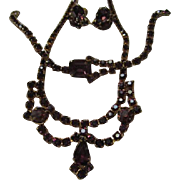 Gorgeous Royal Purple Austrian Crystal Rhinestone Vintage Parure Set Necklace Bracelet Earrings