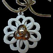Gorgeous Modernist White and Gold color Enamel Flower Pendant Long Quality Chain Vintage Necklace