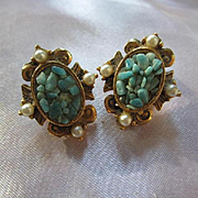 Classic Victorian design  Turquoise Pearl Gold plated Vintage Clip Earrings