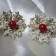 1960s Snowflake Holiday Enamel White Black Speckles Red Cabochon Vintage Clip Earrings