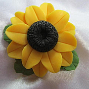 Black Eye Susan Hand Made Polymer Clay OAK Vintage Brooch Pin