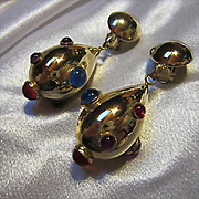 Gorgeous Iconic Sputnik Jeweled Cabochon Teardrop Vintage Gold plated Clip Statement Earrings