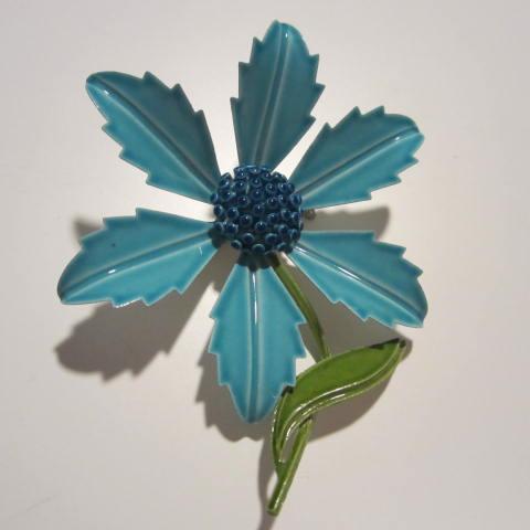Fabulous 1960s Flower Power Blues Enamel Vintage Brooch Pin