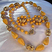 HOBE Signed Long Mustard Lucite Flame Pattern Lucite Beads Matching Clip Earrings Vintage Set