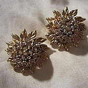 Oscar De La Renta Couture Sparking Signed AB Crystal Domed Flower Vintage Clip Earrings Signed