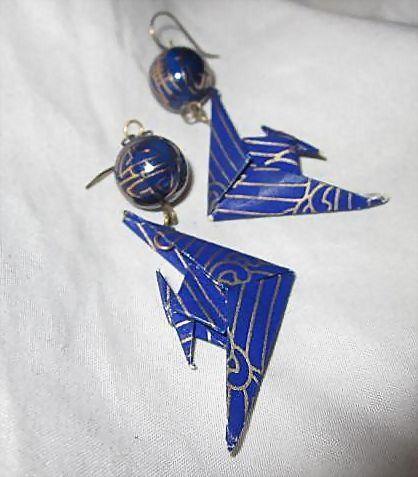 Whimsical Hand Made Miniature Japanese Origami Birds Cobalt Blue Cloisonne Enamel Beads Vintage Earrings