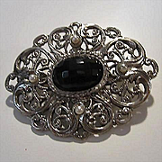 Lovely Czech Black Faceted Glass Cabochon Open Work Filigree fx Pearls Vintage Brooch Pin