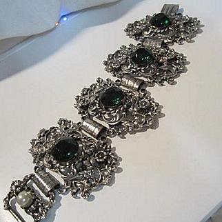 Stunning Wide Faceted Emerald Green Crystal Rhinestone Rococo Statement Vintage Bracelet