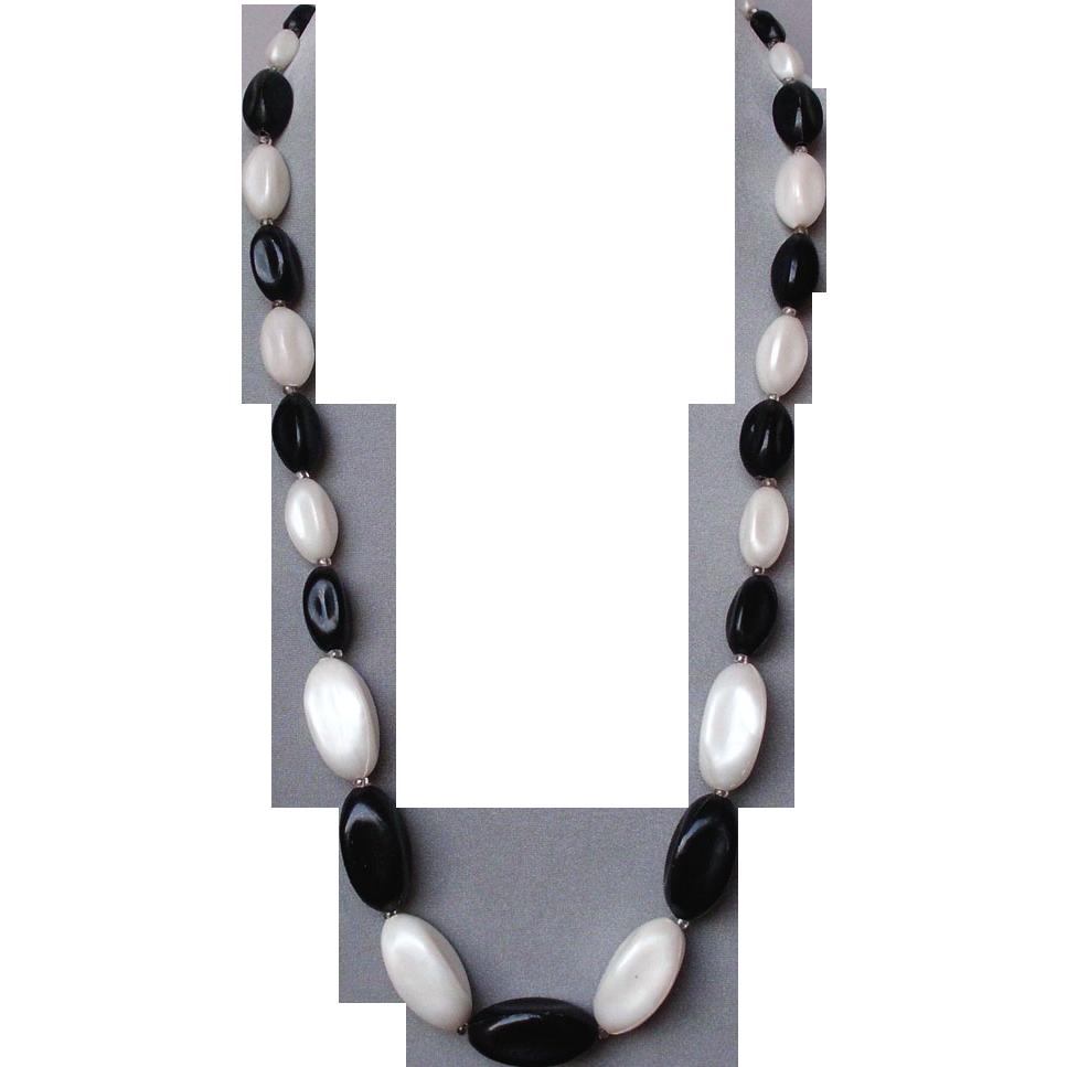 Black Vintage Jewelry 73