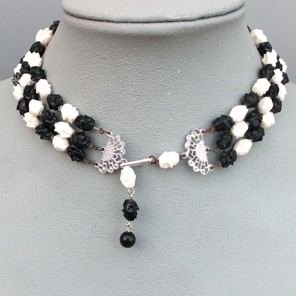 Vintage black white olive beads three strand necklace ...