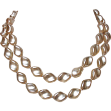 Vintage braided glass pearl beads necklace estate jewelry.