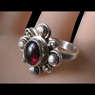Vintage Sterling Silver Cabochon Red Garnet Ring