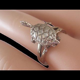 Vintage Sterling Silver Turtle Poison Ring