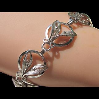 Vintage Silver Finish Leaf Link Bracelet
