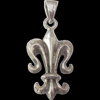 Vintage Sterling Silver Flur De Lis Pendant