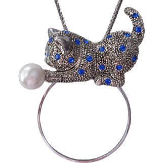 Gorgeous Cat And Faux Pearl Ball With Royal Blue Rhinestones On Magnifier With Chain