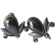 Vintage Sterling Silver Lotus Flower With Cabochon Hematite Screw Back Earrings 30's Era