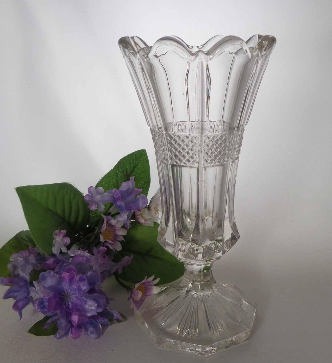 EAPG Vase Virginia / Banded Portland U.S. Glass #15071