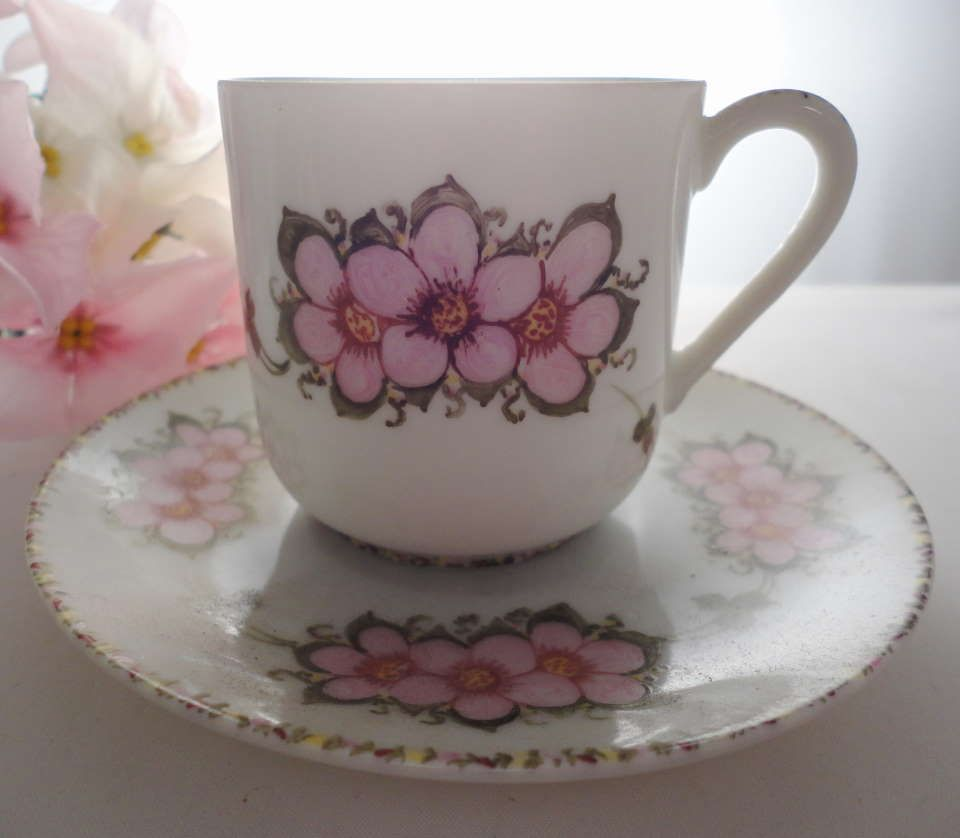Lithophane Geisha Floral demitasse cup and saucer