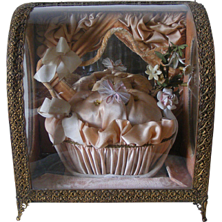 French Marriage Crown cushion Casket