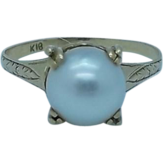 18K Gold and Pearl Solitaire Ring