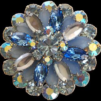 VINTAGE FLORAL Cluster Brooch w/ Prong-Set Blue Crystal Rhinestones