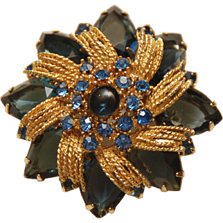 "Vintage Blue Crystal Rhinestone Brooch_2 1/4""_57.1mm"