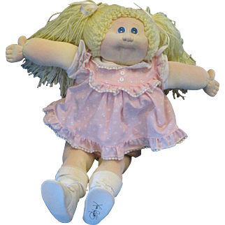 Cabbage Patch 20 inch Cloth Doll