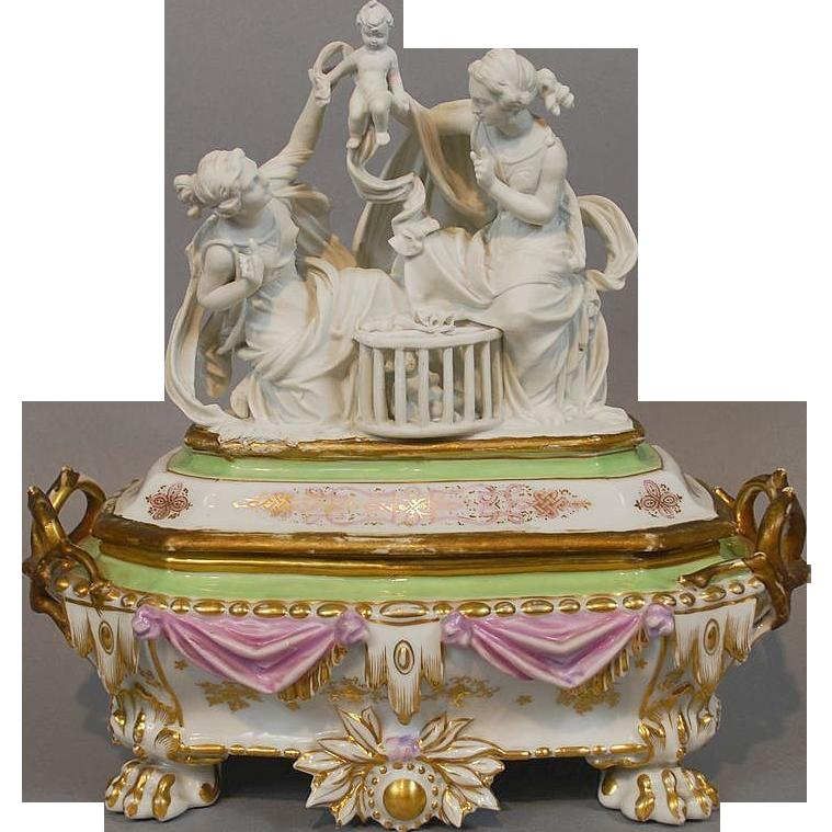 Antique Old Paris Porcelain Jewelry Box Casket With Parian