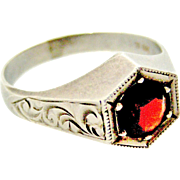 Vintage art deco style silver and garnet men's solitaire ring