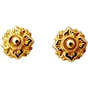 English 9k gold Victorian style stud earrings