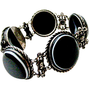 Fabulous Victorian antique bulls eye banded black agate and sterling silver bracelet