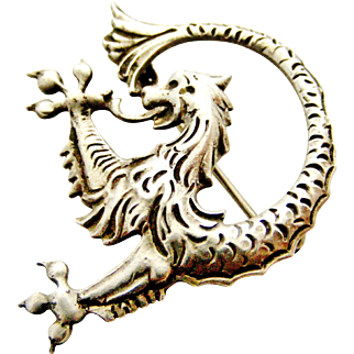 Continental 835 silver mythical beast Griffin or Chimera brooch