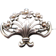 Antique Victorian Fleur-de-lis Silver Brooch / Pin