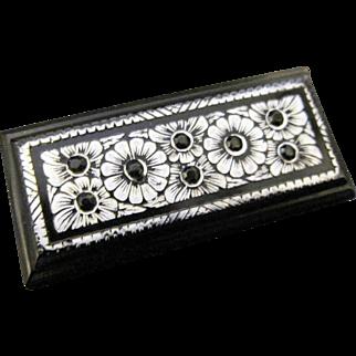 Art Deco Flower Brooch / pin