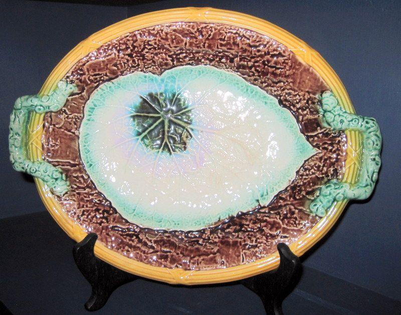 19th C. Decorative  Majolica Begonia Center Serving Platter
